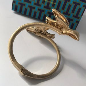 Tory Burch Jewelry - New Tory Burch dove cuff